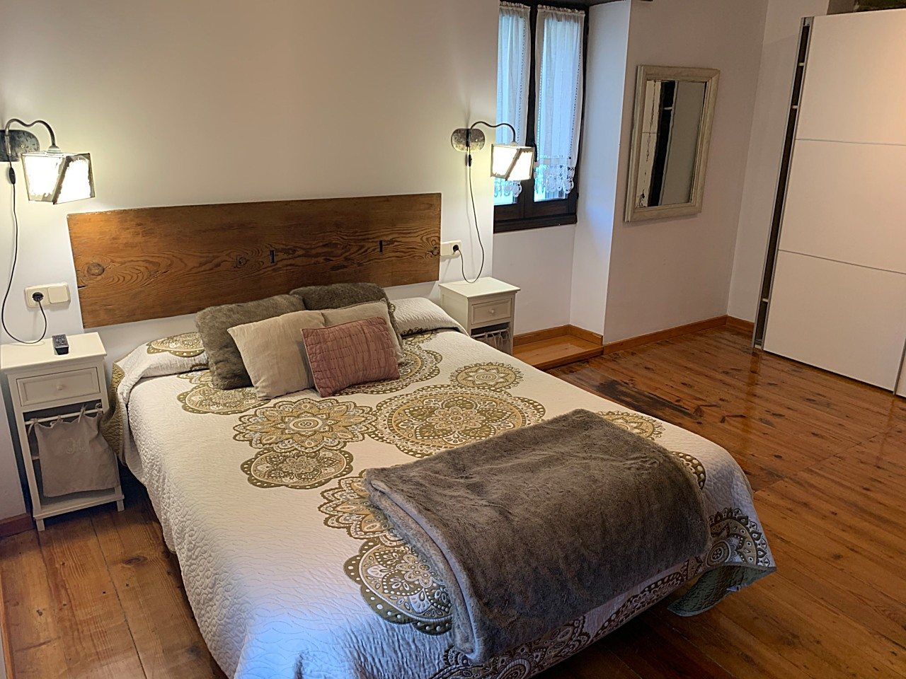Room number three - The House - Casa Rural Argonz Etxea